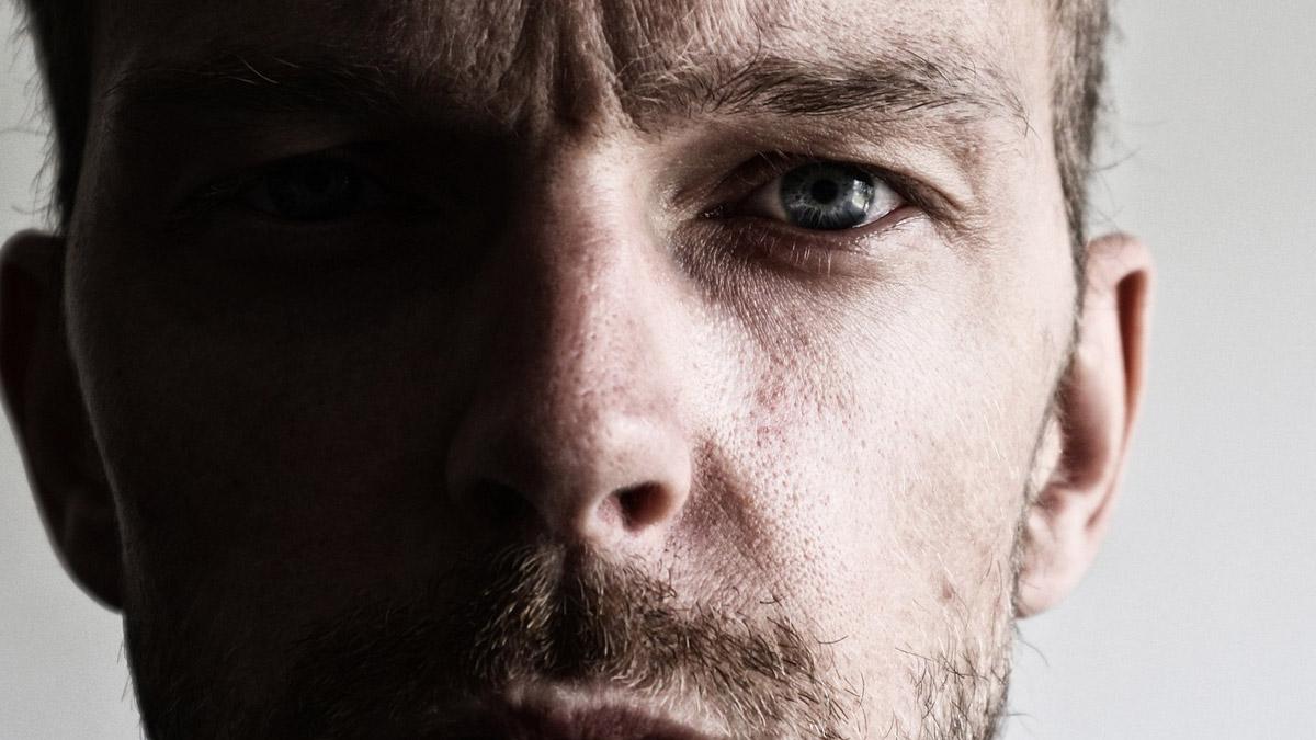 40代〜60代男性のうつ症状、更年期障害の可能性も イメージ