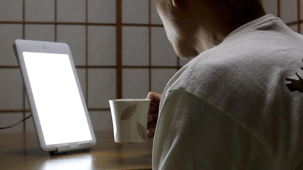 日照不足は光療法LEDライトで補え!